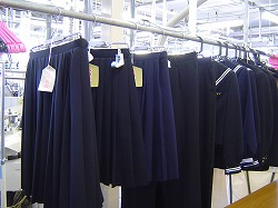 news  本日より営業開始です。学生服の即日仕上げ・合格祈願も絶賛受付中! %tag